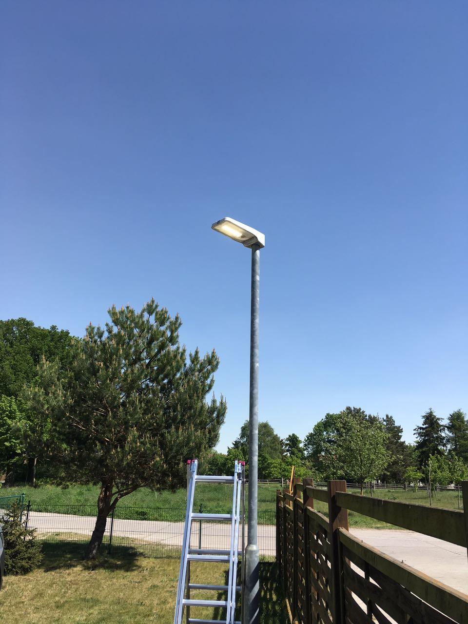 2 LED Mastleuchten in der 19KW 2018 Wechsel von HQL auf LED